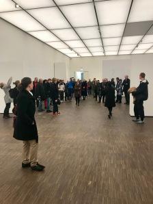 Blick in den noch leeren Ausstellungsraum